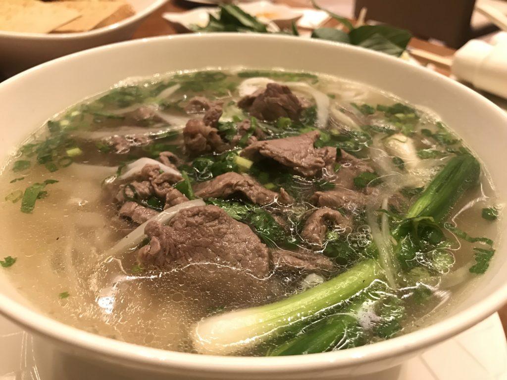 ベトナムフォー。お肉はビーフ。ボリューム満点!