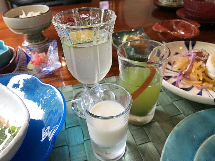 豆乳、サクナ(長命草)ジュース、シークワーサージュース