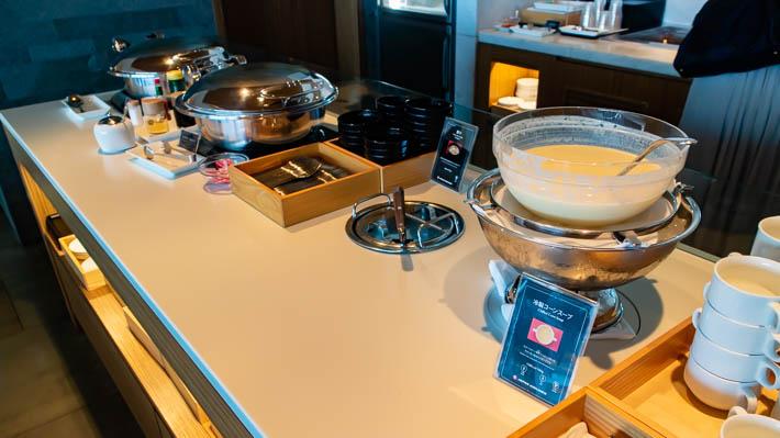 豚汁、冷製コーンスープ