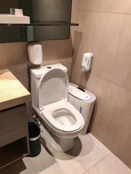 プラザプレミアムラウンジのトイレ